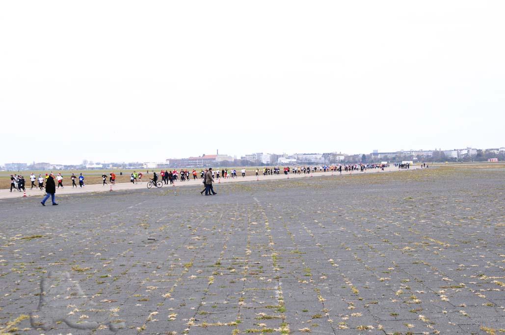Marathonstaffel Berlin Flughafen Tempelhof SCC (7)
