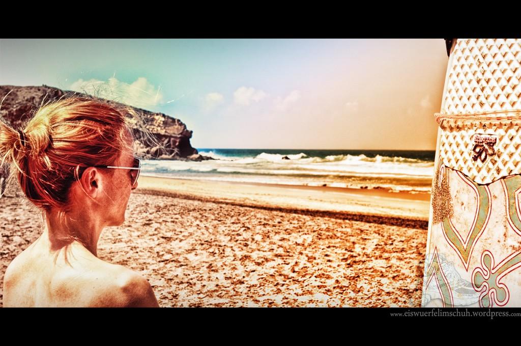 Surfing-Girl-Fuerteventura (01)