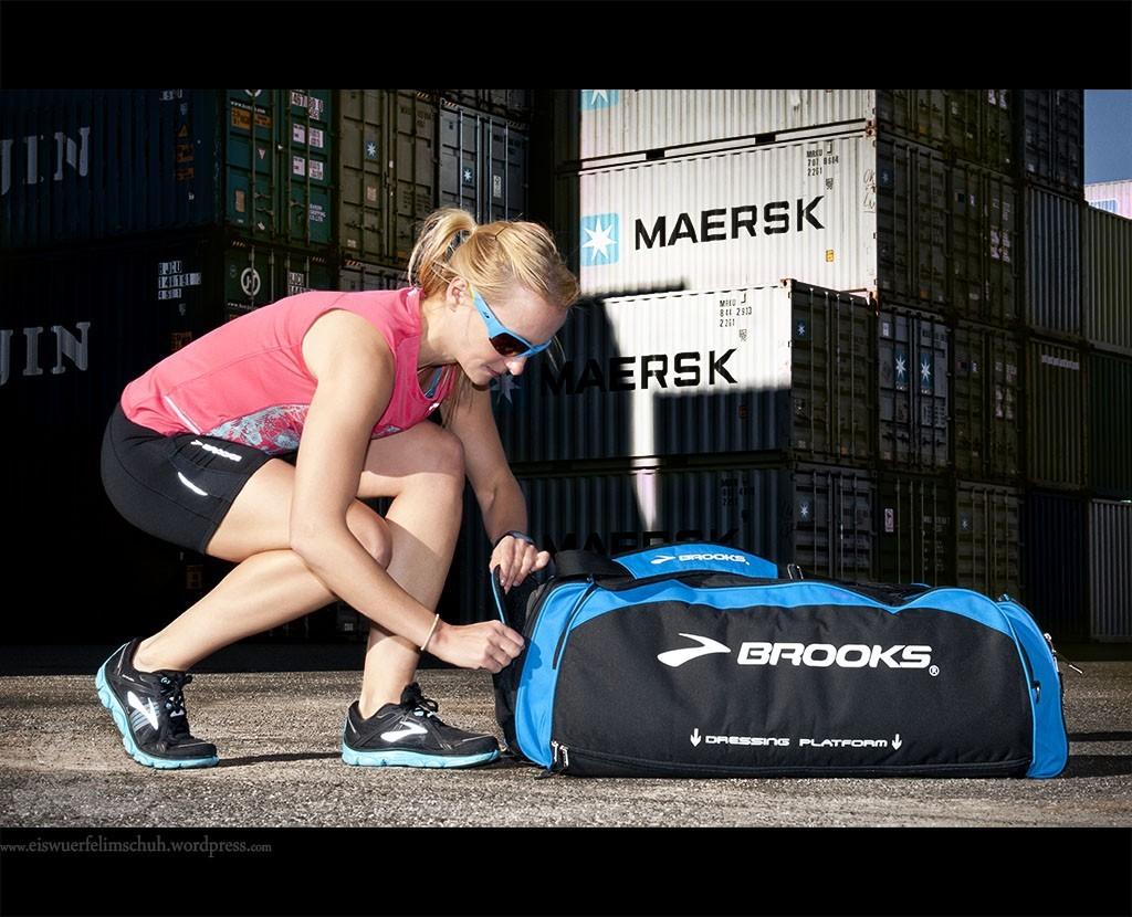 Brooks Racer Running Laufen Nightlife Bag Pure