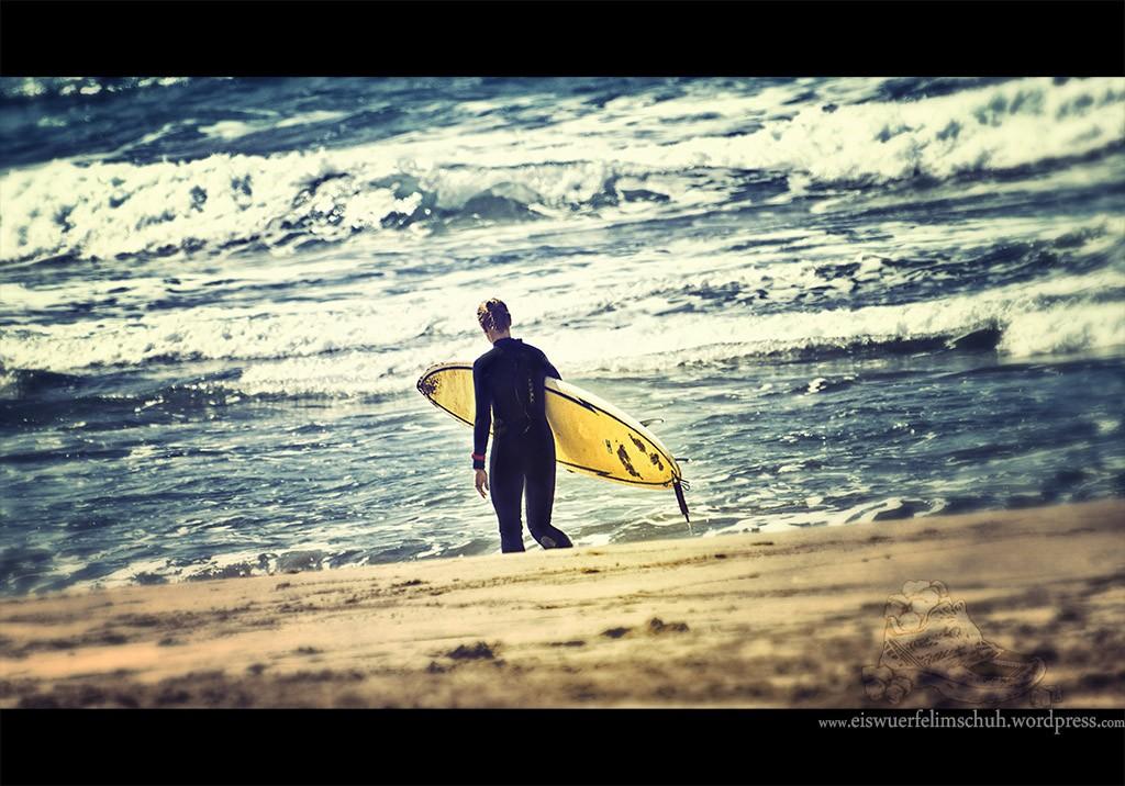 Sommer Surfen Musik Sand Beach Girl Surfing Motivation
