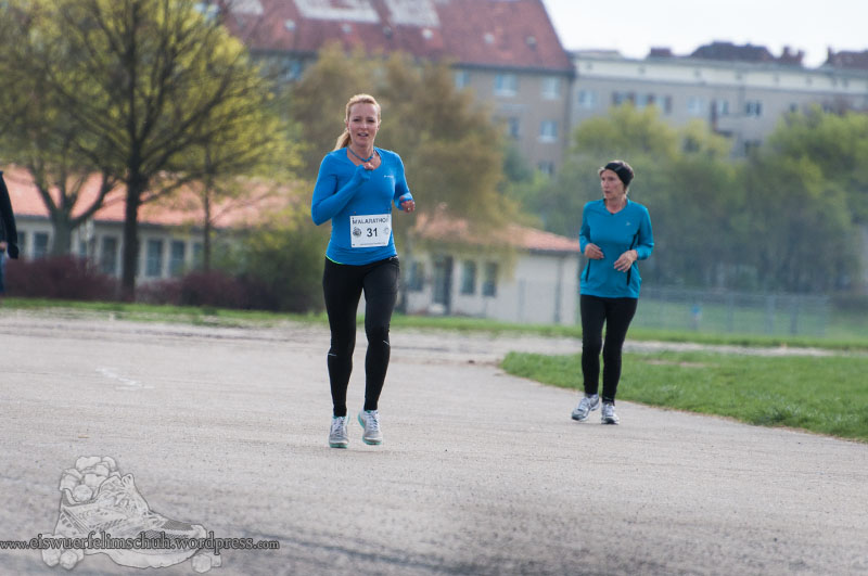 Berlin Tempelhof Malarathon Eiswuerfelimschuh Lauf Running 11