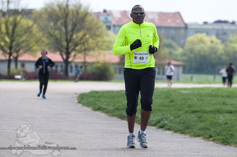 Berlin Tempelhof Malarathon Eiswuerfelimschuh Lauf Running 15