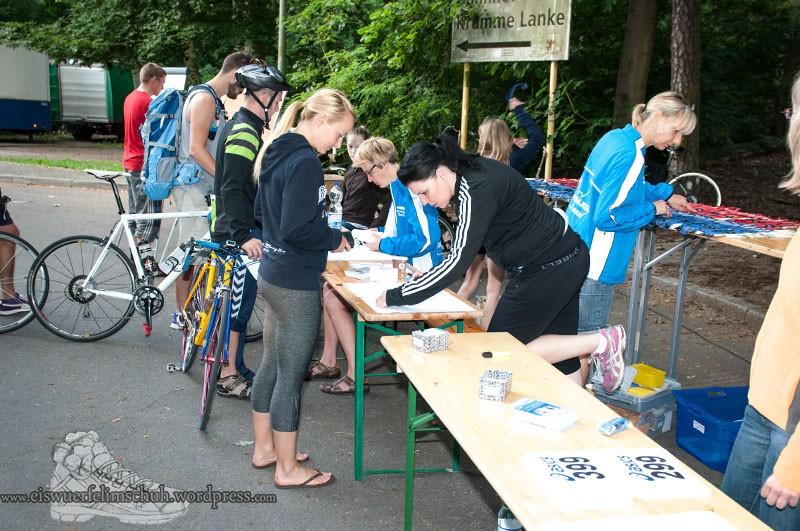 Triathlon Eiswuerfelimschuh Berlin Volkstriathlon 2013 (04)