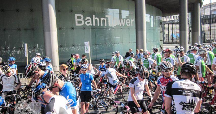 Velothon Berlin Garmin Eiswuerfelimschuh Rennrad Rennen (41)
