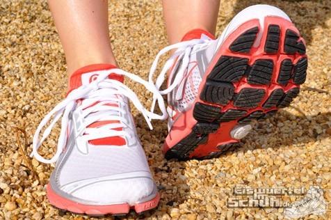 Eiswuerfelimschuh-Brooks-Pure-Cadence-Laufschuh-Running-04