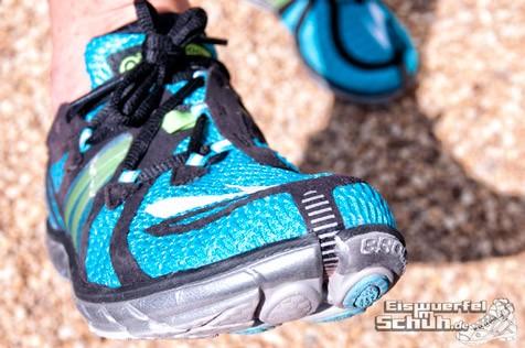 Eiswuerfelimschuh-Brooks-Pure-Connect-Laufschuh-Running-11