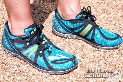 Eiswuerfelimschuh-Brooks-Pure-Connect-Laufschuh-Running-12