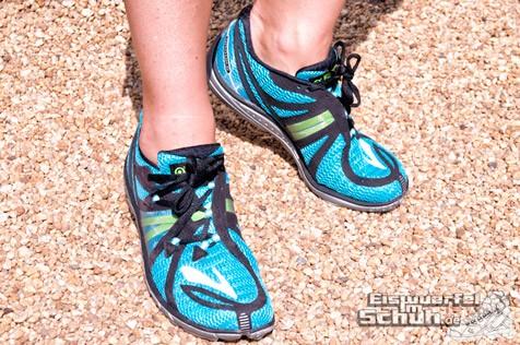 Eiswuerfelimschuh-Brooks-Pure-Connect-Laufschuh-Running-9