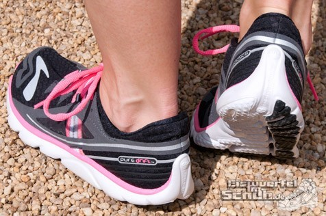 Eiswuerfelimschuh-Brooks-Pure-Drift-Laufschuh-Running-20