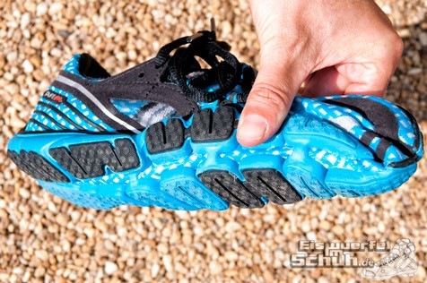 Eiswuerfelimschuh-Brooks-Pure-Drift-Laufschuh-Running 9