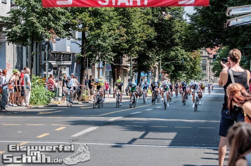 Eiswuerfelimschuh Rollbergrennen Berlin Radrennen (42)