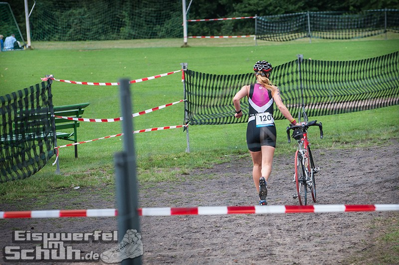 Eiswuerfelimschuh Triathlon Werbellin Werbellinsee Safadi Swim Bike Run (180)