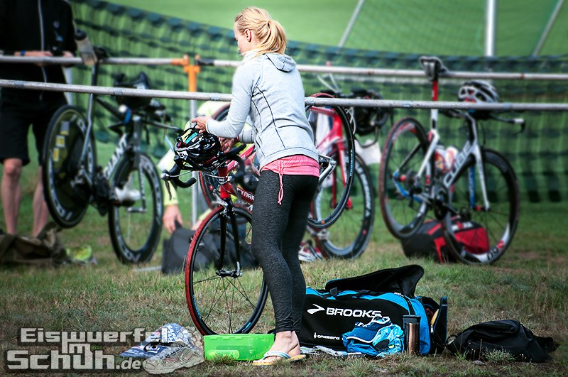 Eiswuerfelimschuh Triathlon Werbellin Werbellinsee Safadi Swim Bike Run (21)