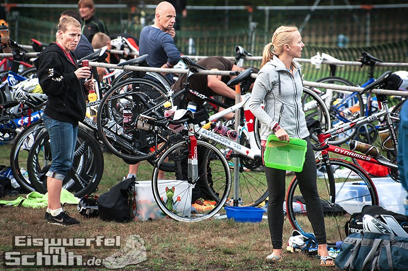 Eiswuerfelimschuh Triathlon Werbellin Werbellinsee Safadi Swim Bike Run (23)
