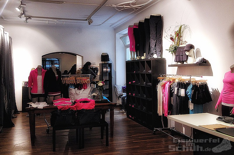 EISWUERFELIMSCHUH-Lululemon-Yoga-Berlin-Fit-Fitness