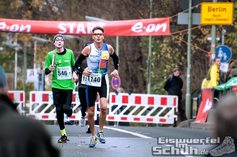 Eiswuerfelimschuh Teltowkanal Halbmarathon Lauf Wettkampf (10)