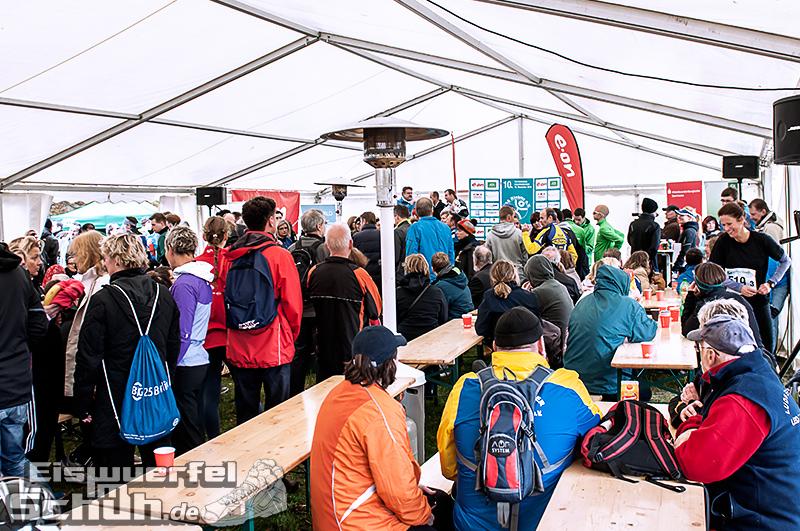 Eiswuerfelimschuh Teltowkanal Halbmarathon Lauf Wettkampf (15)