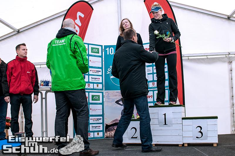 Eiswuerfelimschuh Teltowkanal Halbmarathon Lauf Wettkampf (17)