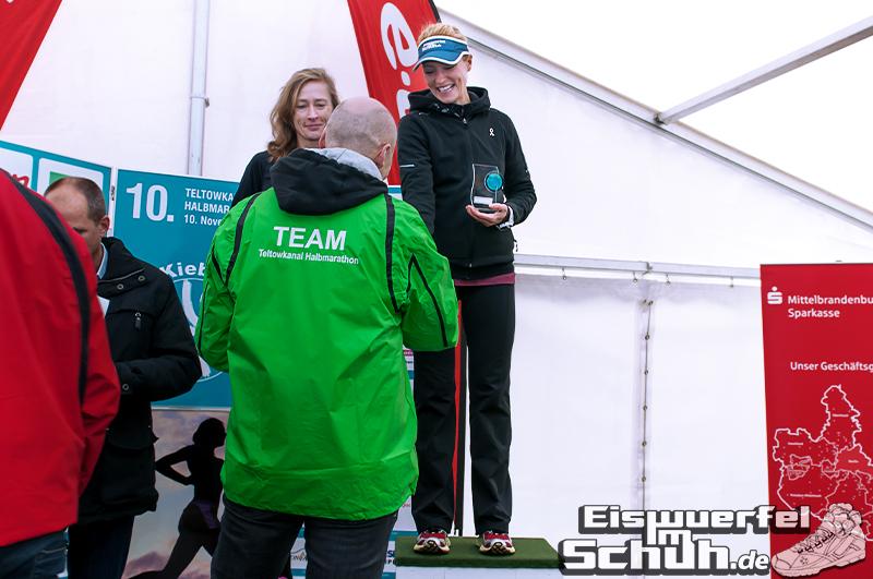 Eiswuerfelimschuh Teltowkanal Halbmarathon Lauf Wettkampf (18)