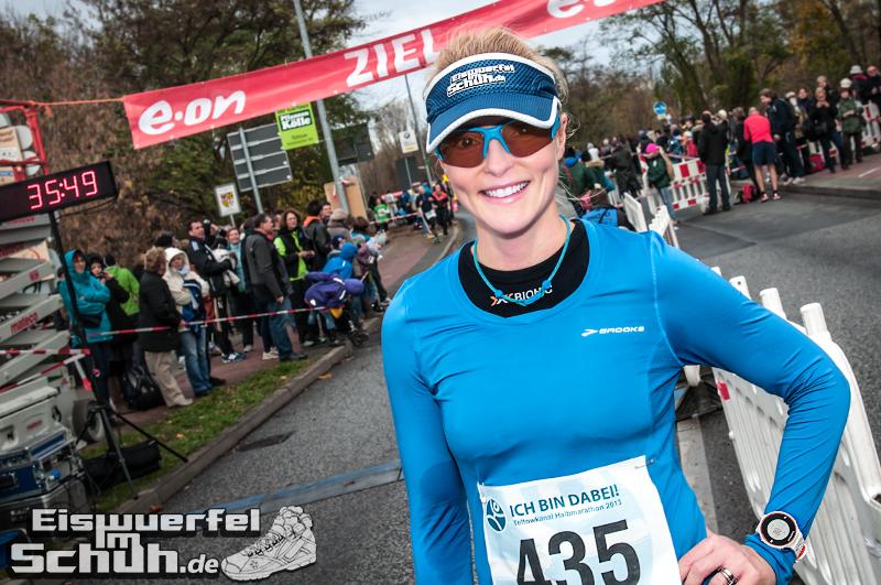 Eiswuerfelimschuh Teltowkanal Halbmarathon Lauf Wettkampf (20)