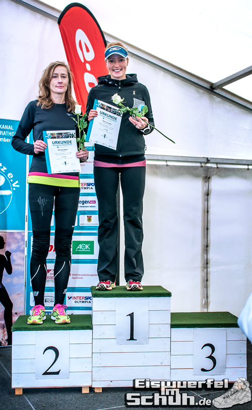 Eiswuerfelimschuh Teltowkanal Halbmarathon Lauf Wettkampf (21)