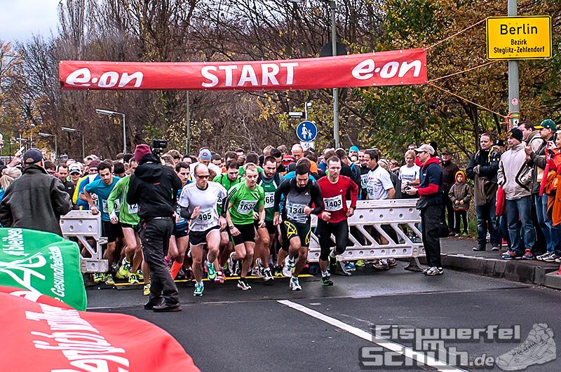 Eiswuerfelimschuh Teltowkanal Halbmarathon Lauf Wettkampf (5)