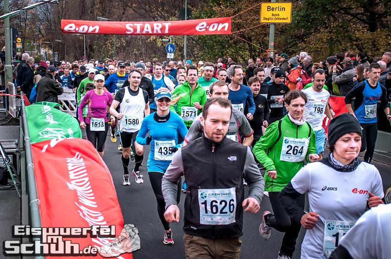 Eiswuerfelimschuh Teltowkanal Halbmarathon Lauf Wettkampf (7)