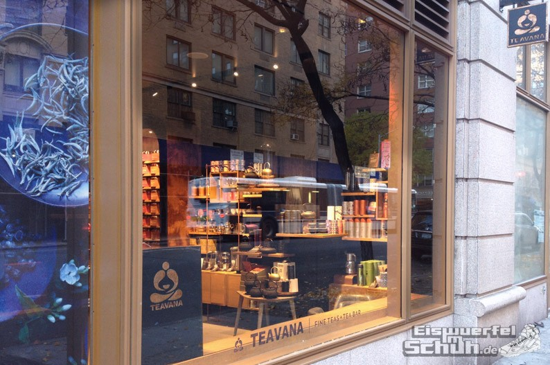 Eiswuerfelimschuh_NewYork_Starbucks-Shop-Tee_Teavana-Manhattan