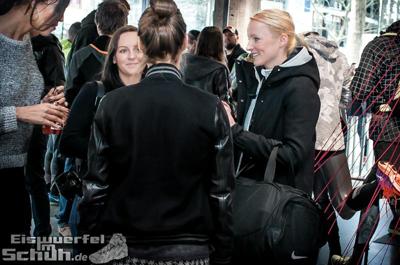 Eiswuerfelimschuh NIKE Store Berlin Opening Carl Lewis (07)