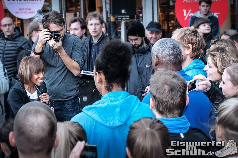 Eiswuerfelimschuh NIKE Store Berlin Opening Carl Lewis (40)