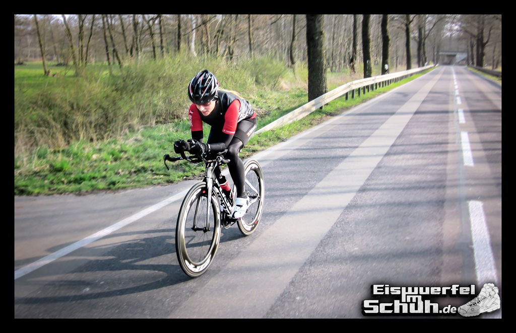 EISWUERFELIMSCHUH – FUJI ZIPP Triathlon Training (5)
