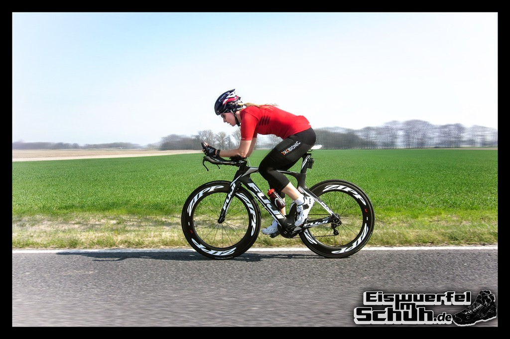 EISWUERFELIMSCHUH – FUJI ZIPP Triathlon Training (7)