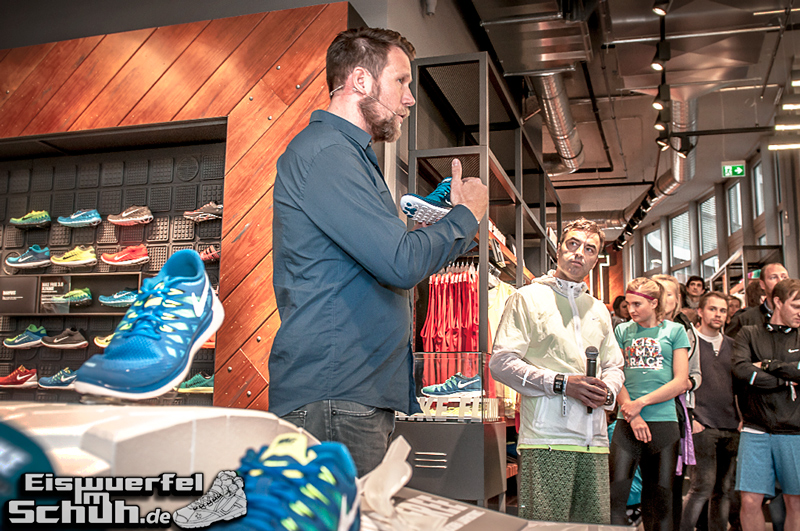 EISWUERFELIMSCHUH – NIKE FREE BERLIN Running Store Opening Mitte  (45)