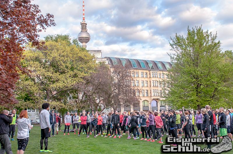 EISWUERFELIMSCHUH – NIKE FREE BERLIN Running Store Opening Mitte  (58)