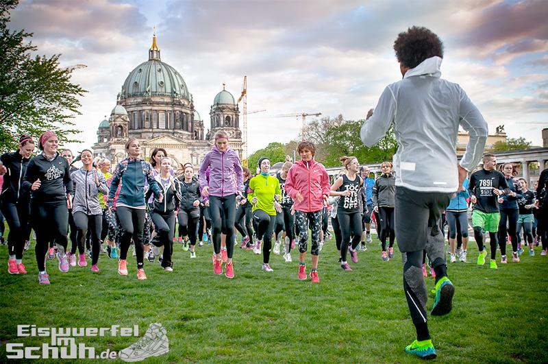 EISWUERFELIMSCHUH – NIKE FREE BERLIN Running Store Opening Mitte  (65)