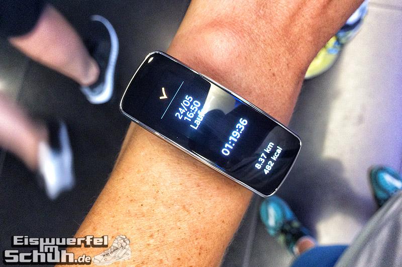 Eiswuerfelimschuh-Frankfurt-SportScheck-Samsung-Galaxy-S5-Gear-Fit-12