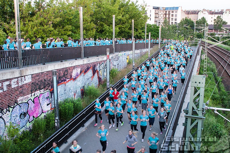 EISWUERFELIMSCHUH – NIKE We Own The Night Women Run Lauf Event Berlin 2014 (102)