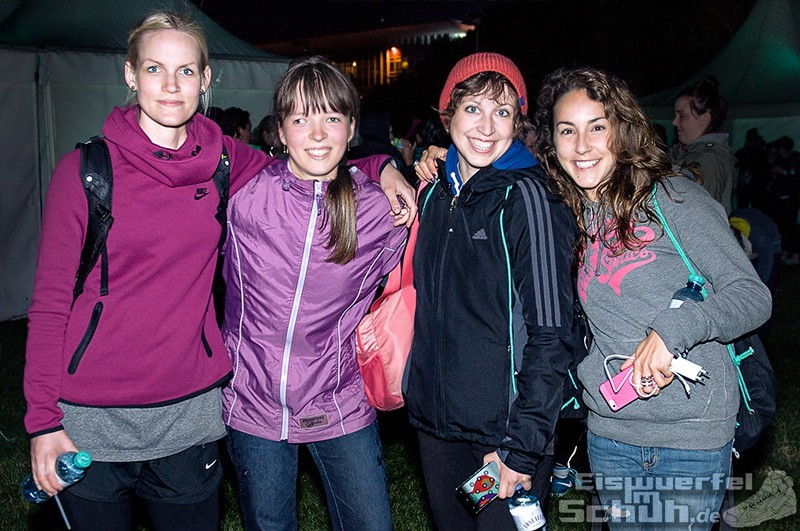 EISWUERFELIMSCHUH – NIKE We Own The Night Women Run Lauf Event Berlin 2014 (116)