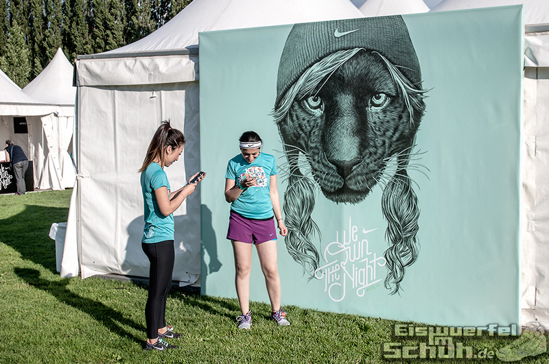EISWUERFELIMSCHUH – NIKE We Own The Night Women Run Lauf Event Berlin 2014 (43)