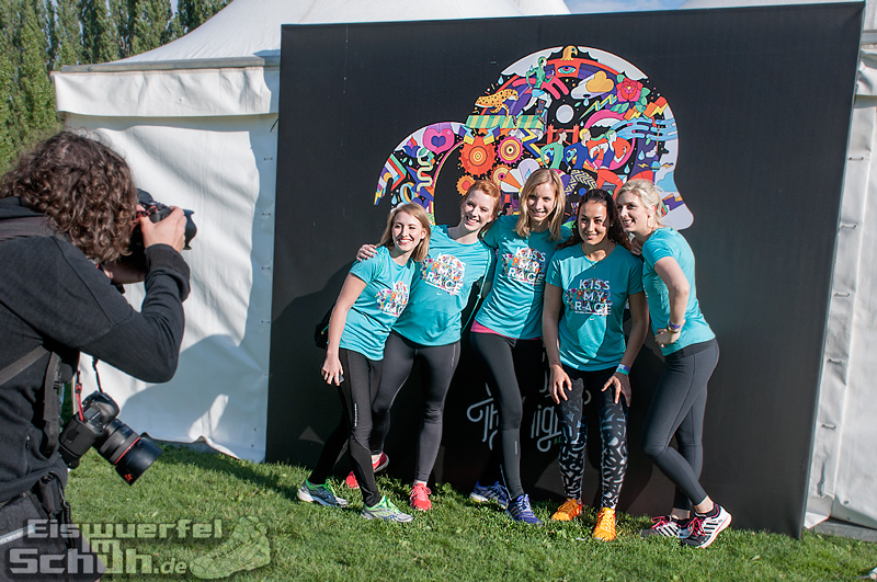 EISWUERFELIMSCHUH – NIKE We Own The Night Women Run Lauf Event Berlin 2014 (47)