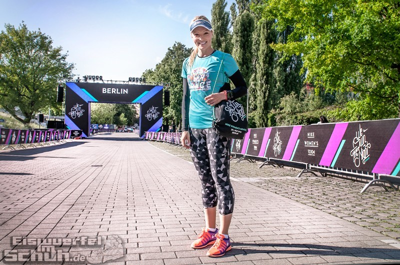EISWUERFELIMSCHUH – NIKE We Own The Night Women Run Lauf Event Berlin 2014 (5)