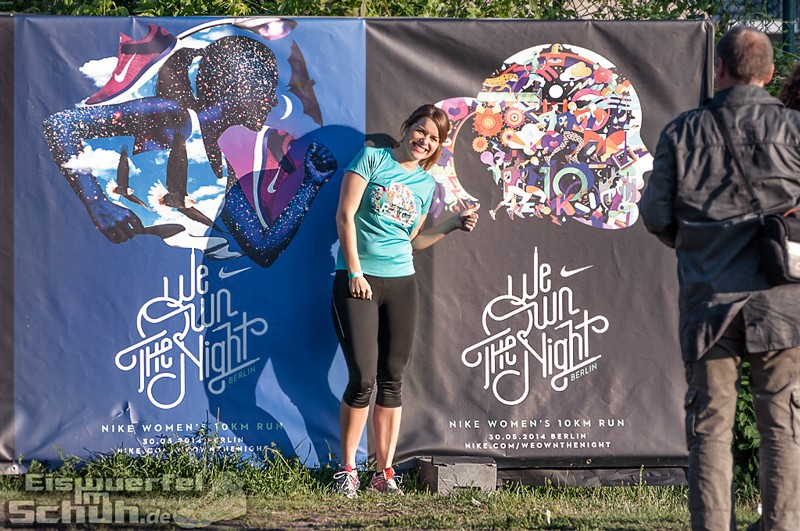 EISWUERFELIMSCHUH – NIKE We Own The Night Women Run Lauf Event Berlin 2014 (52)