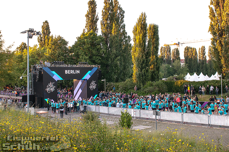 EISWUERFELIMSCHUH – NIKE We Own The Night Women Run Lauf Event Berlin 2014 (81)
