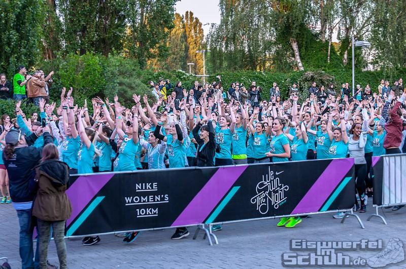 EISWUERFELIMSCHUH – NIKE We Own The Night Women Run Lauf Event Berlin 2014 (88)