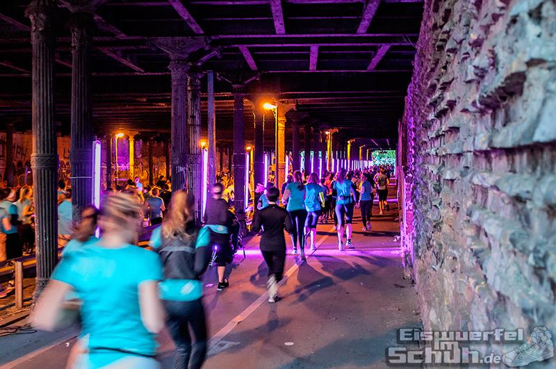 EISWUERFELIMSCHUH – NIKE We Own The Night Women Run Lauf Event Berlin 2014 (99)