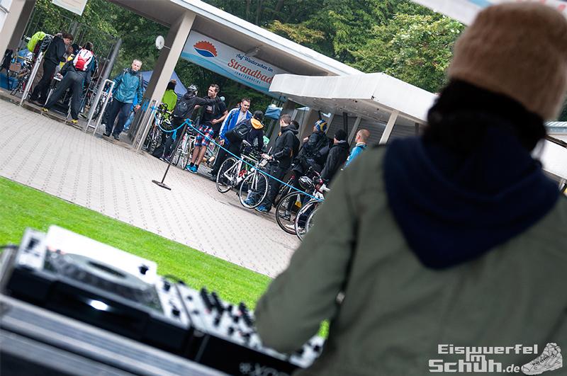 EISWUERFELIMSCHUH – Staffel Triathlon Startschuss Berlin 2014 (6)