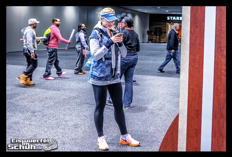 EISWUERFELIMSCHUH – CHICAGO MARATHON 2014 PART I – Marathon Messe McCormick Place (42)