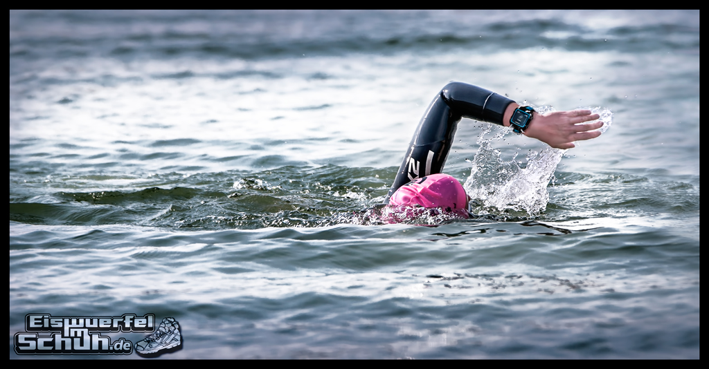 EISWUERFELIMSCHUH - GARMIN FORERUNNER 920XT Preview Test Running Triathlon Swim (1)