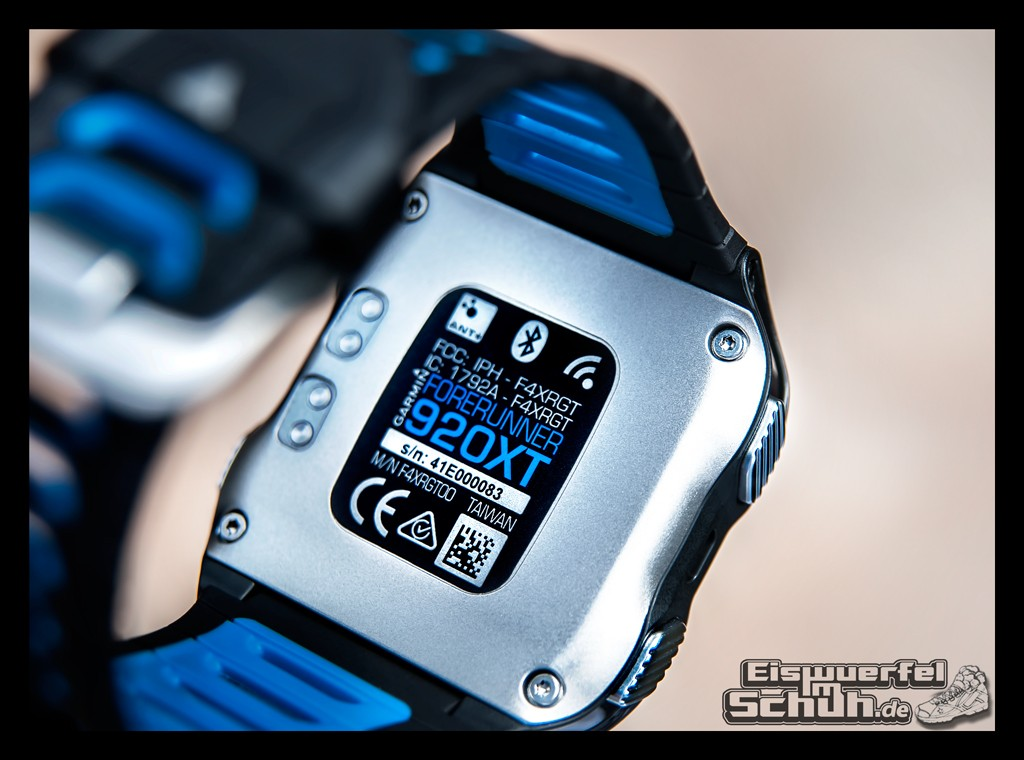 EISWUERFELIMSCHUH - GARMIN FORERUNNER 920XT Preview Test Running Triathlon Swim (8)