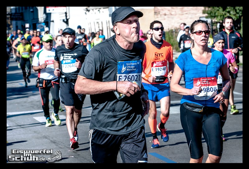 EISWUERFELIMSCHUH – CHICAGO MARATHON 2014 PART I I – Chicago Marathon 2014 (107)